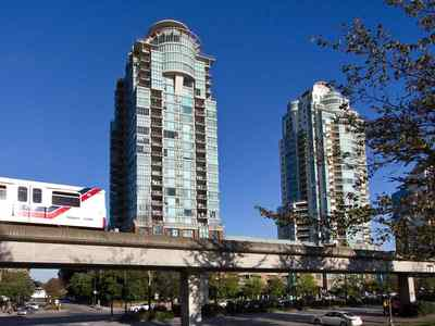 Mount Pleasant VE Condo for sale:  1 bedroom 975 sq.ft. (Listed 2016-01-27)