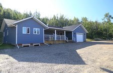 Dawson Creek  Single Family Acreage for sale:  4 bedroom  (Listed 2017-09-05)
