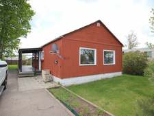 Dawson Creek  Single Family for sale:  1 bedroom 725 sq.ft. (Listed 2019-06-12)