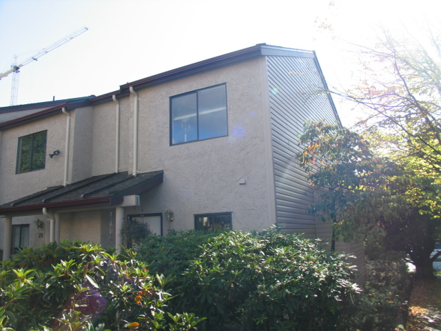 Central Lonsdale Townhouse for sale: Custer Place Studio 900 sq.ft. (Listed 2009-04-10)
