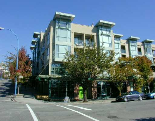 Lower Lonsdale Condo for sale: Two One Two 1 bedroom 807 sq.ft. (Listed 2010-03-02)
