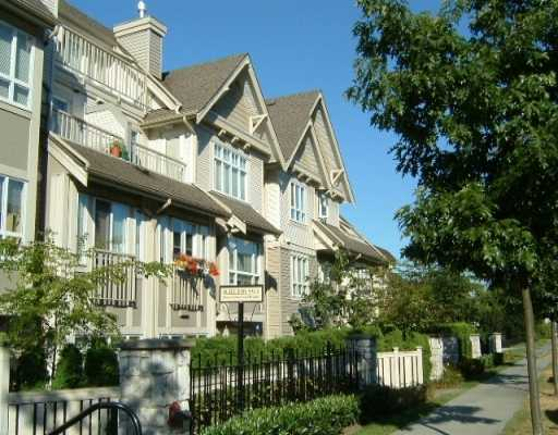 Lower Lonsdale Condo for sale: The Vista West 1 & Den 715 sq.ft. (Listed 2010-12-15)