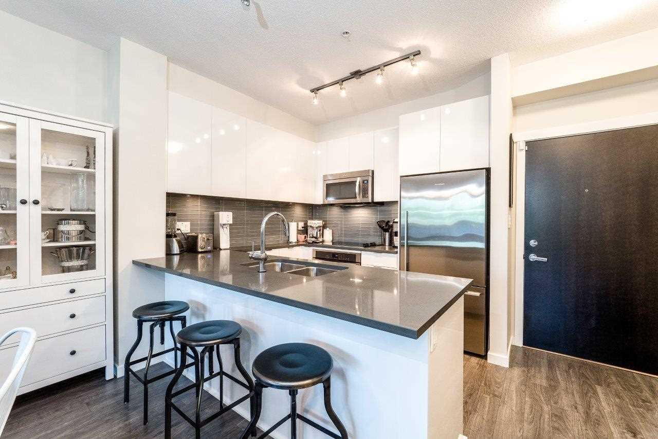 Lynn Valley Condo for sale:  2 bedroom 862 sq.ft. (Listed 2017-07-22)