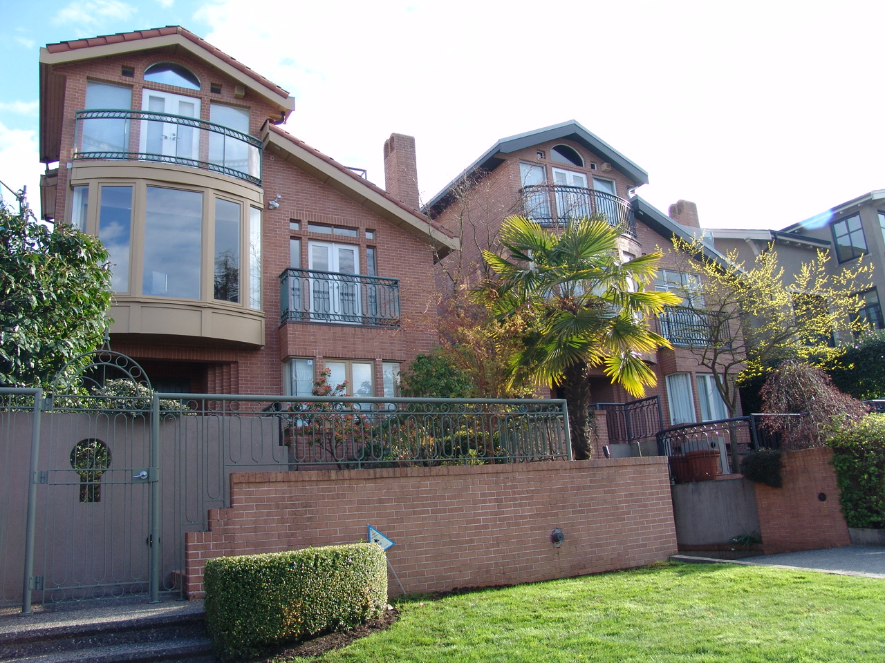 Kitsilano Semi-Waterfront House for sale:  3 bedroom 2,616 sq.ft. (Listed 2008-04-20)