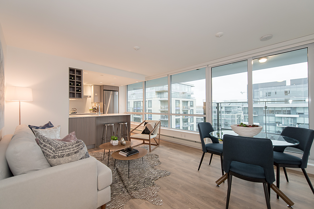 THE VILLAGE  BRAND NEW ONE BEDROOM IN THE VILLAGE for sale: EPIC AT WEST ONE PLUS OFFICE/DEN 594 sq.ft. (Listed 2018-03-25)