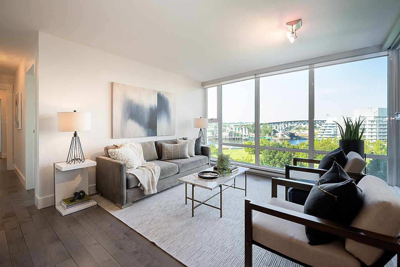 THE BEACH DISTRICT/YALETOWN LUXURY PARKSIDE BEACH DISTRICT CONDO for sale:  2 bedroom 1,039 sq.ft. (Listed 2020-10-29)