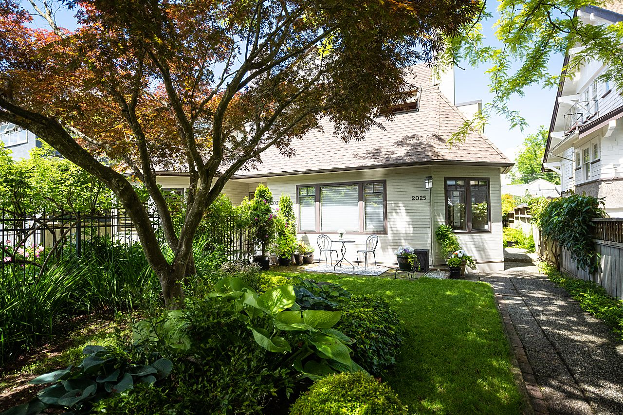 Vancouver 1/2 Duplex for sale:  3 bedroom 1,910 sq.ft. (Listed 2021-06-09)
