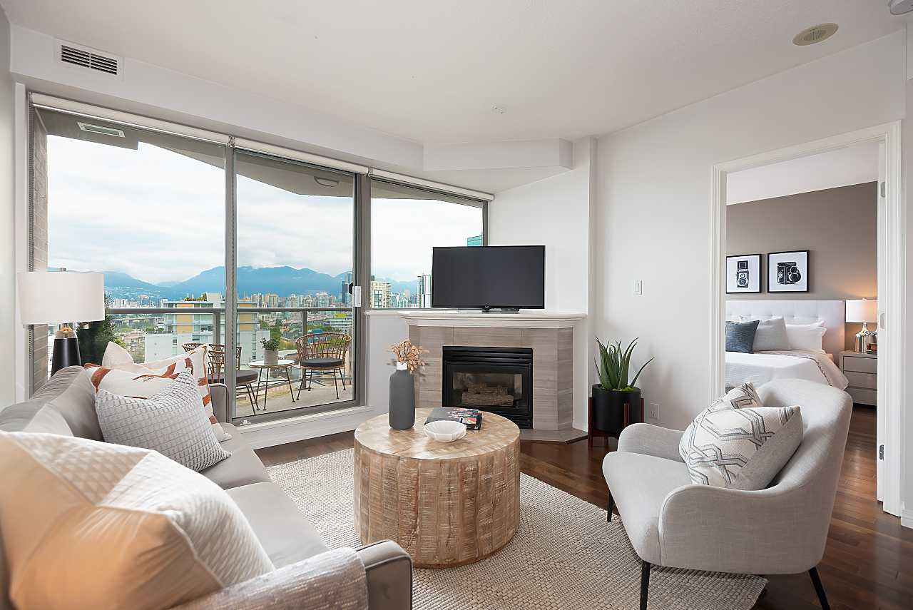 Vancouver Panoramic water view South Granville condo for sale:  2 bedroom 868 sq.ft. (Listed 2021-07-12)