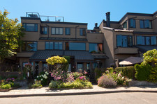 False Creek Townhouse for sale: Heather Point 2 bedroom  (Listed 2013-07-26)