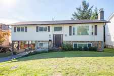 Abbotsford East House for sale:  4 bedroom 2,045 sq.ft. (Listed 2018-10-12)
