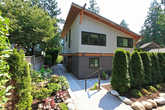 Another Home Sold! 6460 Wellington Ave, West Vancouver BC