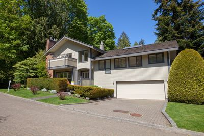 6925 Odlum Court, Whytecliff West Vancouver 3 level Split home for sale: 3 bedroom 2,794 sq.ft. Patrick O'Donnell