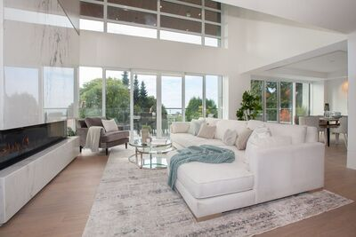 Ambleside 3 Storey Townhome for sale: Bellevue by Cressey 3 bedroom 3,957 sq.ft. Patrick O'Donnell