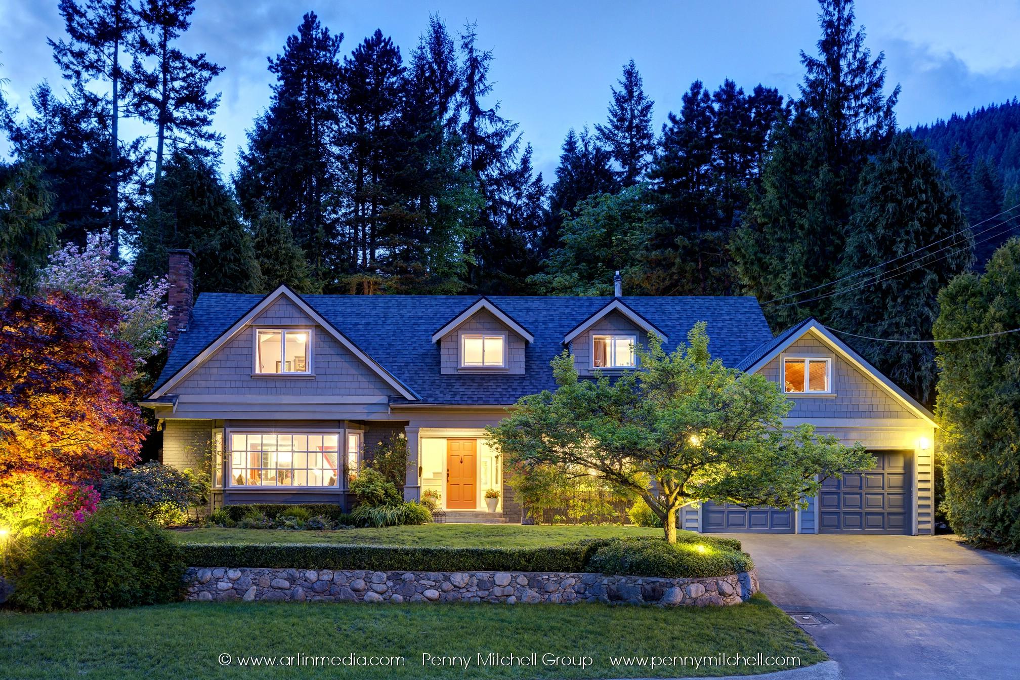 Bayridge House for sale: 5 bedroom 3,529 sq.ft.