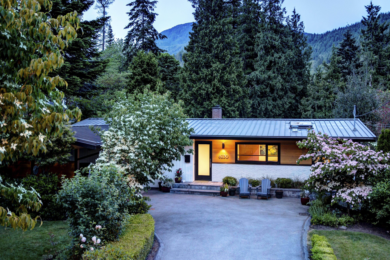 Gleneagles House for sale: 5 bedroom 2,834 sq.ft., 15,000sqft lot
