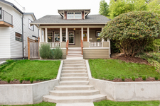 Tangle Town, Greenlake House for sale:  4 bedroom 1,890 sq.ft. (Listed 2017-09-10)