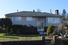 Central BN House for sale:  3 bedroom 2,365 sq.ft. (Listed 2020-04-14)