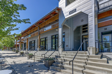 Steveston South Condo for sale:  2 bedroom  Granite Countertop, Tile Backsplash, Hardwood Floors 1,021 sq.ft. (Listed 2018-06-11)