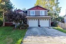 Cherry Park HouseSingle Family for sale:  5 bedroom 2,710 sq.ft. (Listed 2017-09-27)