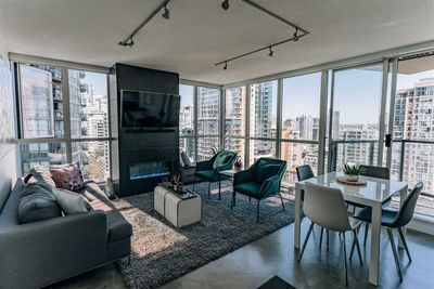 Downtown VW Apartment/Condo for sale:  2 bedroom 840 sq.ft. (Listed 2020-08-09)