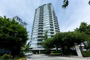 Whalley Condo for sale:  1 bedroom 826 sq.ft. (Listed 2018-07-03)