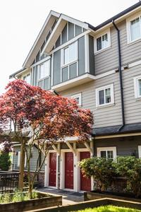 Highgate Townhouse for sale:  2 bedroom 985 sq.ft. (Listed 2019-08-19)