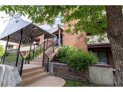 Sunalta Condo for sale:  1 bedroom 595 sq.ft. (Listed 2017-10-23)