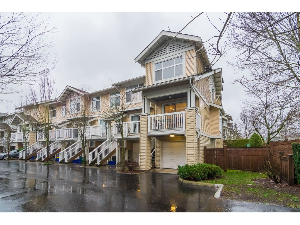 Willoughby Heights Townhouse for sale: Denim 2 bedroom 1,037 sq.ft. (Listed 2018-12-12)