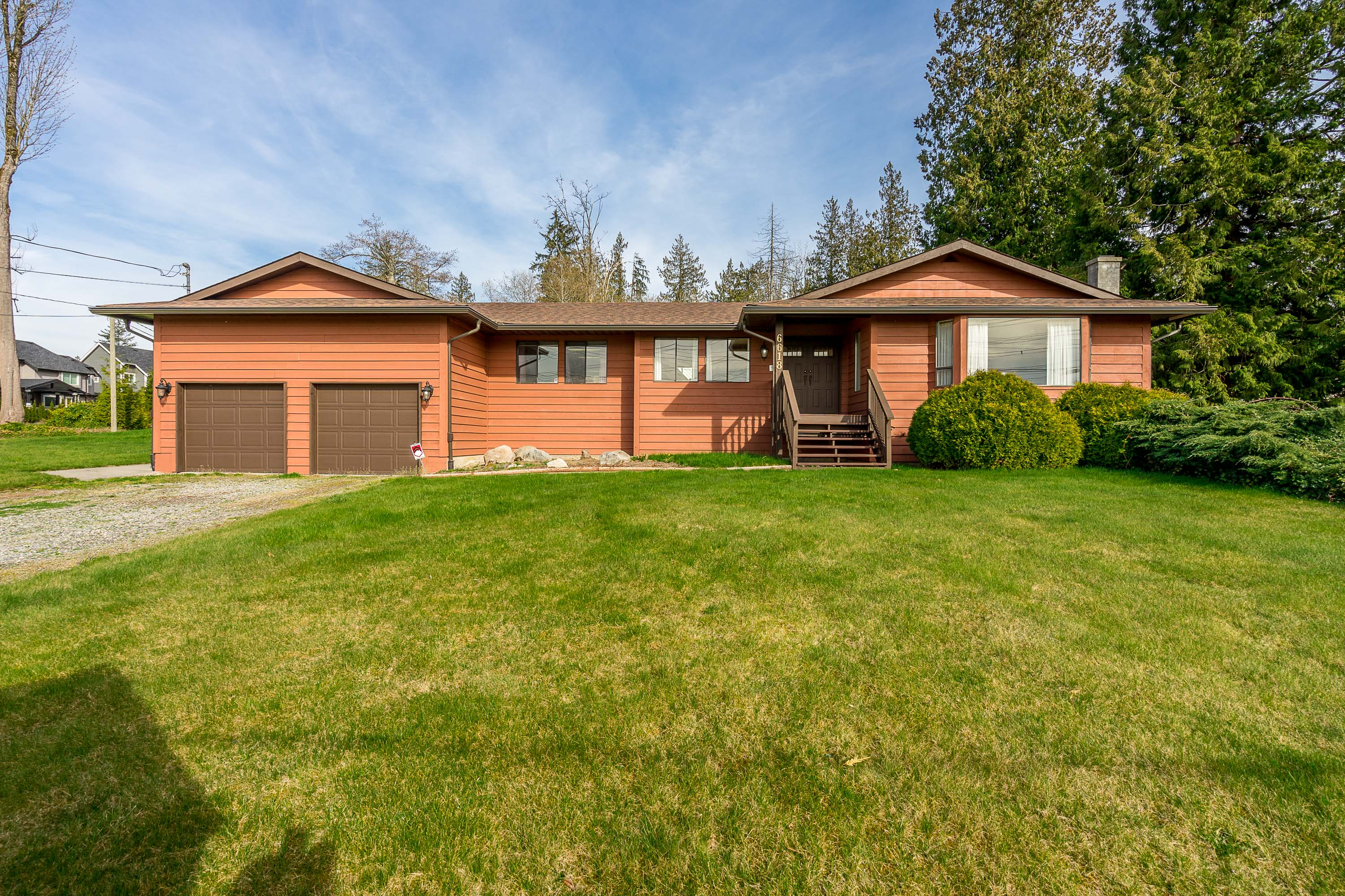 Cloverdale House for sale:  3 bedroom 2,000 sq.ft. (Listed 2019-02-19)