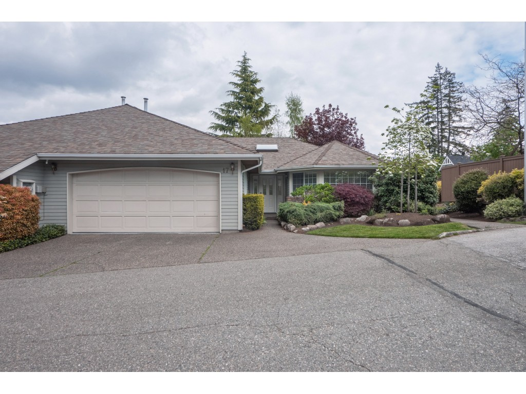 South Surrey/White Rock Townhouse for sale: Seagate Place 2 bedroom 1,493 sq.ft. (Listed 2019-07-10)