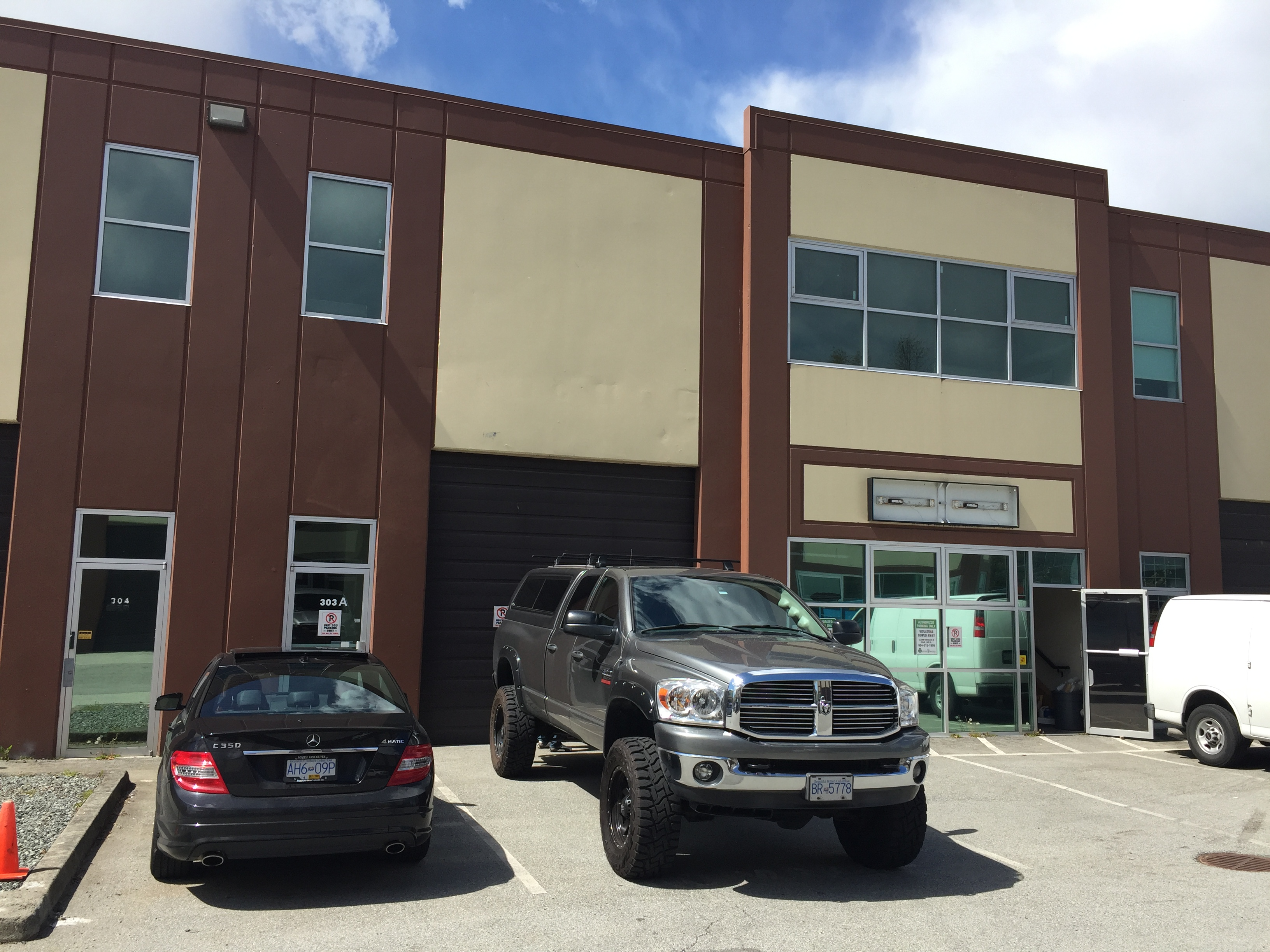 Cloverdale-Surrey Industrial for sale: Mainland Business Park   (Listed 2019-05-08)