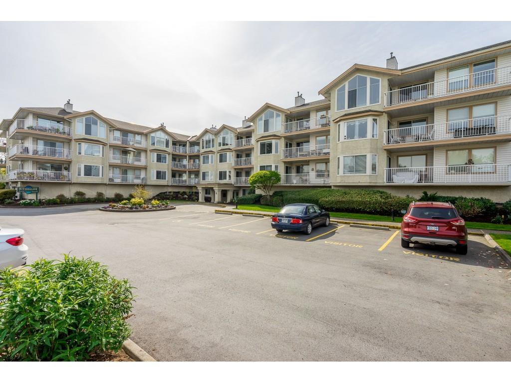 Langley City Condo for sale: River Glen Estates 2 bedroom 1,194 sq.ft. (Listed 2019-05-09)