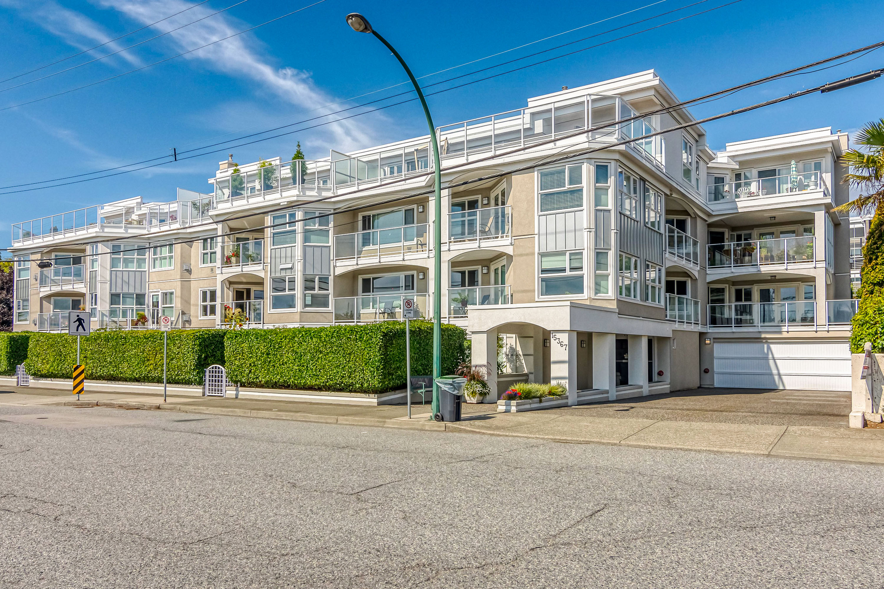 White Rock Condo for sale: The Palms 2 bedroom 1,406 sq.ft. (Listed 2019-09-11)