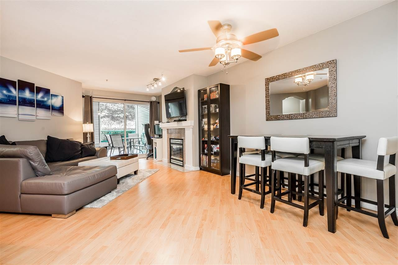 Clayton Apartment/Condo for sale:  2 bedroom 850 sq.ft. (Listed 2020-06-25)
