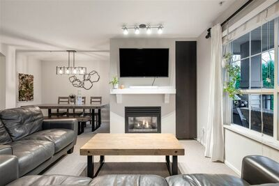 Lynn Valley Townhouse for sale:  3 bedroom 1,215 sq.ft. (Listed 2021-01-21)