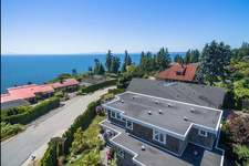 Crescent Bch Ocean Pk. House for sale:  5 bedroom 4,713 sq.ft. (Listed 2017-07-12)
