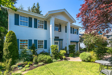 Surrey House for sale:  4 bedroom 2 sq.ft. (Listed 2018-05-19)