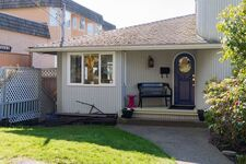 White Rock House/Single Family for sale:  5 bedroom 2,474 sq.ft. (Listed 2021-03-09)