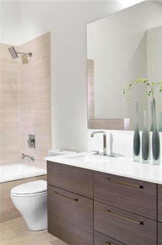 5555 Dunbar Bathroom