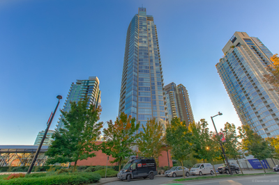 Yaletown Luxury Apartment for sale: West One 2 bedroom 1,221 sq.ft. (Listed 2019-10-13)