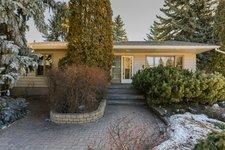 Windsor Park House for sale:  4 bedroom  Stainless Steel Appliances, Hardwood Floors 1,385 sq.ft. (Listed 2019-03-25)