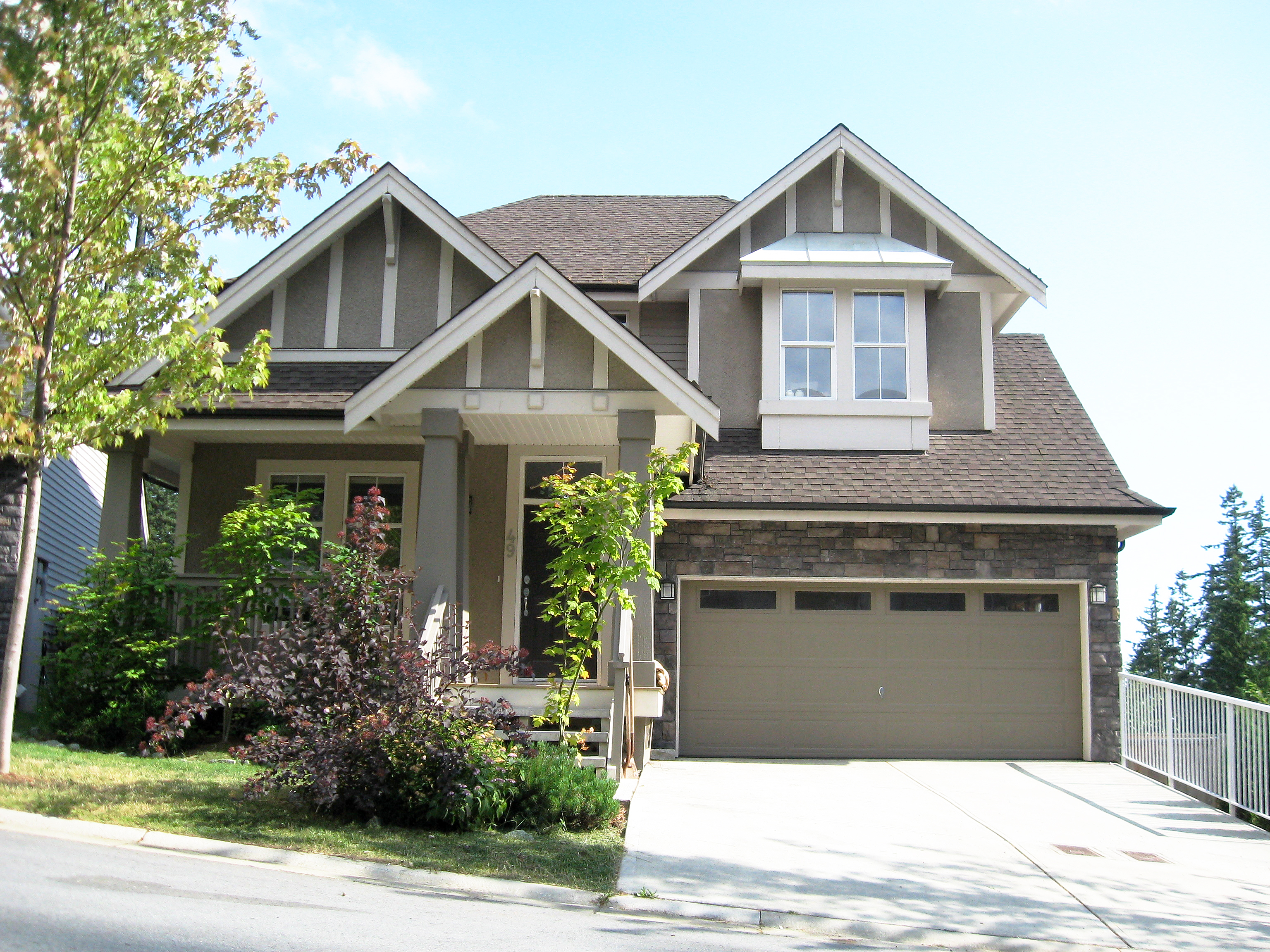 Heritage Woods PM House for sale: FOREST EDGE 3 bedroom 2,568 sq.ft.
