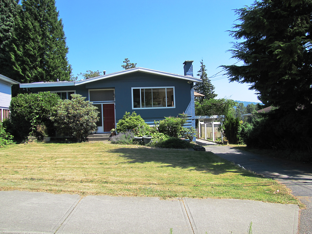 742 Plymouth Dr., Windsor Park House for sale:  5 bedroom 2,360 sq.ft., North Vancouver, BC, V7H 2H7, Canada,