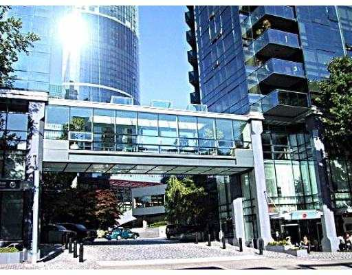 Downtown VW Luxury Condo for sale: The Wall Center 2 bedroom 1,160 sq.ft., 2001 1050 BURRARD Street