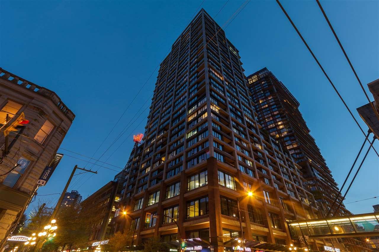 Downtown Condo for sale: Woodwards, 1 bedroom 556 sq.ft., David Valente, Realtor