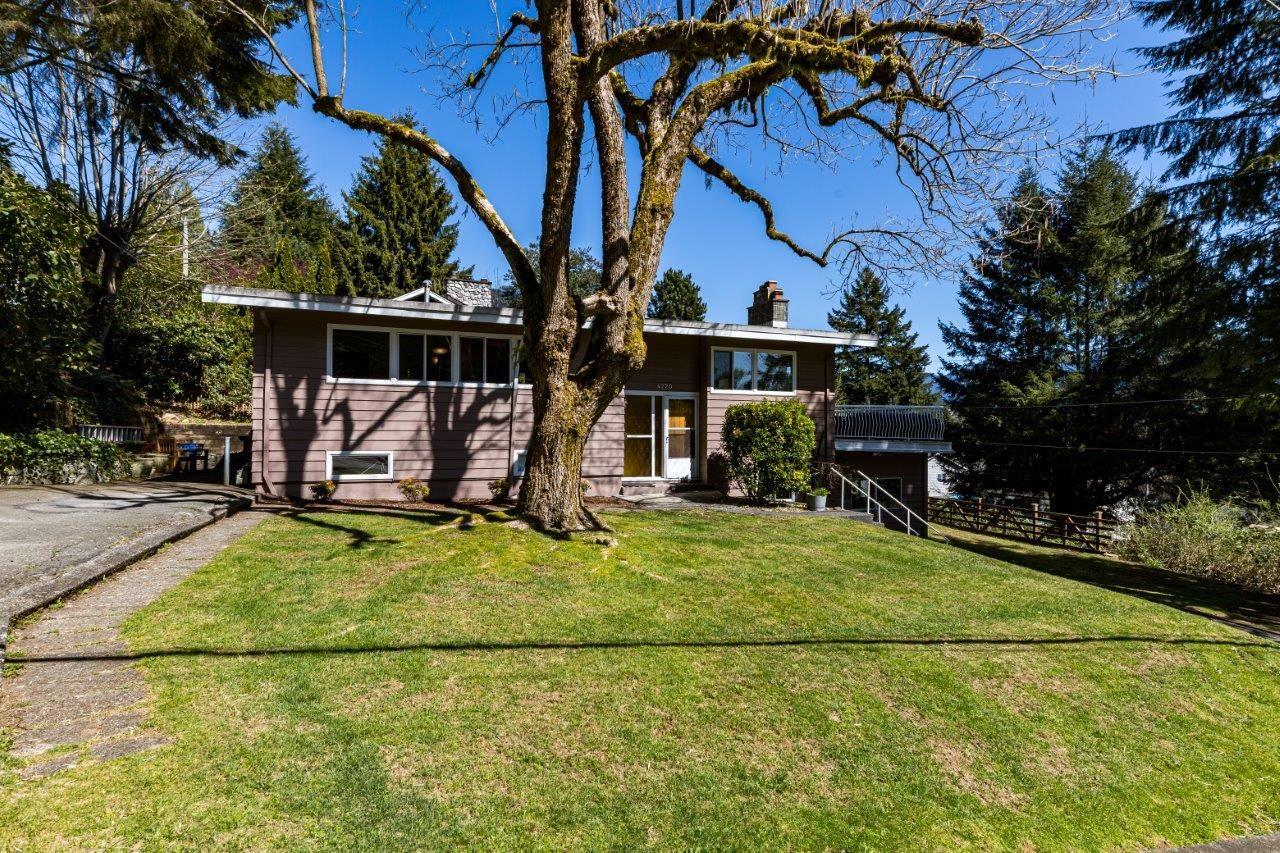 Deep Cove House: 4220 CLIFFMONT ROAD, NORTH VANCOUVER, V7G 1J1, 4 bedroom, 2 bathroom, 2 kitchens, West Coast Mid-Century Post & Beam, David Valente, Realtor, Real Estate Listing For Sale