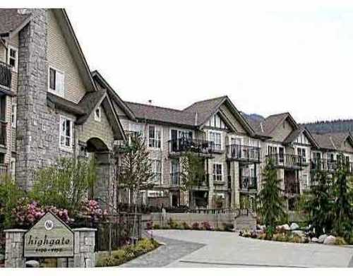Lynn Valley Condo for sale:  2 bedroom 820 sq.ft.