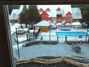 Whistler Creek Condo for sale:  2 bedroom 875 sq.ft. (Listed 2018-04-11)