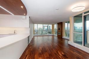 Central BN Condo for sale:  3 bedroom 1,391 sq.ft. (Listed 2019-01-31)