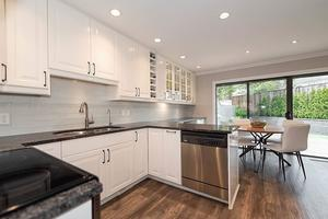 Roche Point Townhouse for sale:  3 bedroom 2,202 sq.ft. (Listed 2020-03-24)